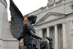 An angel on the O'Connell monument.